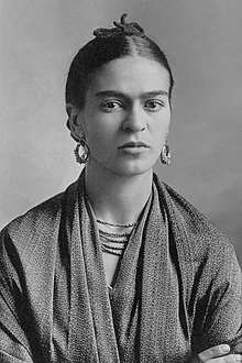 220px-Frida_Kahlo,_by_Guillermo_Kahlo